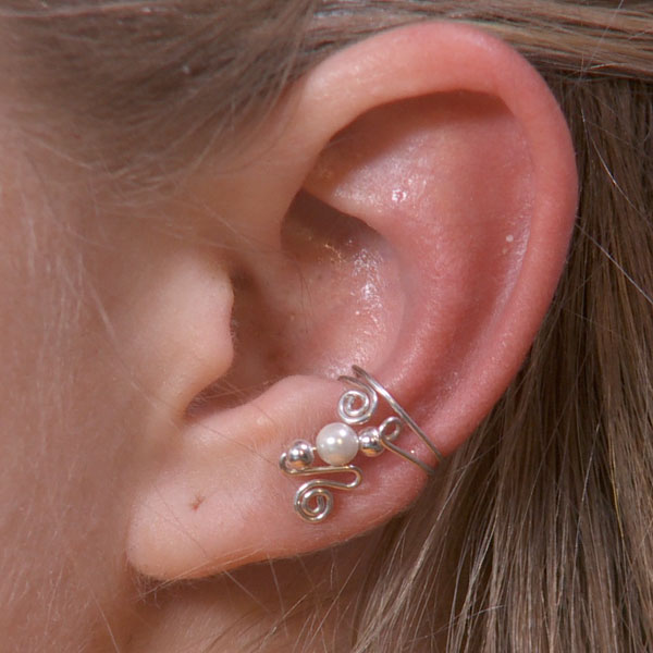 Single Bead Ear Cuff