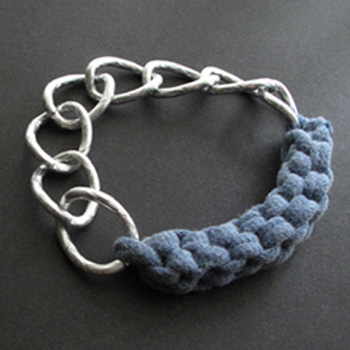 DIY T-Shirt Yarn Chain Bracelet