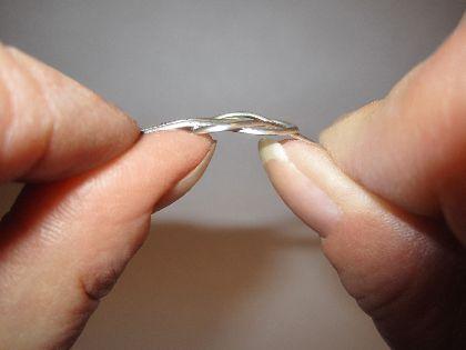 Wire Loveknot Pendant