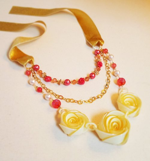Color Inspiration - Rose Garland