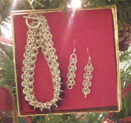 Judy Ellis's Wire Wrapped Christmas Tree - , Inspiration, Wire Wrapping, Wrapping, Wire Wrapping Jewelry, Design, Chainmail Bracelet and Earrings