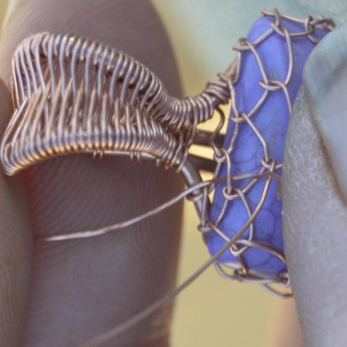Deborah Kelly's Netted Bezel for a Cabochon - , Wire Weaving, Weaving, Wire Weaving, Weaving Wire, netted cabochon