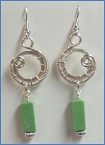 Judy Larson's Snail Trail Spiral Earrings - , Contemporary Wire Jewelry, Wire Wrapping, Wrapping, Wire Wrapping Jewelry, Weaving, Wire Weaving, Weaving Wire, Repeat for second earring.