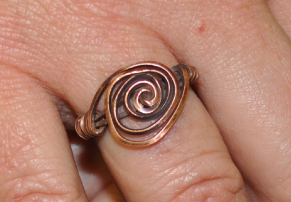 Kate Richbourg's The 5-Minute, 5 Things Spiral Ring - , Contemporary Wire Jewelry, Loops, Wire Loop, Wrapped Wire Loop, Spirals, Wire Spiral, Spiral Wire Wrap, Wire Wrapping, Wrapping, Wire Wrapping Jewelry, Finished ring.