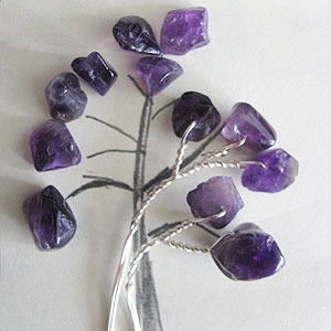 Albina Manning's Tree Pin with Gem Chips - , Contemporary Wire Jewelry, Wire Wrapping, Wrapping, Wire Wrapping Jewelry, Twisting the wire ends.