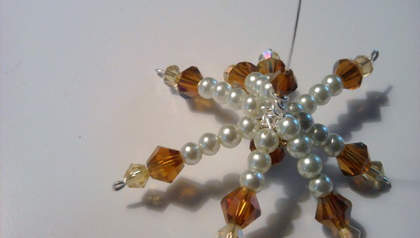 Brenda Sigafoos's Beautiful Snowflake Ornament - , Holiday Designs, Loops, Wire Loop, Wrapped Wire Loop, Wire Wrapping, Wrapping, Wire Wrapping Jewelry, Attaching headpins