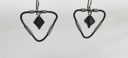 Kristal Wick's Too Hip to Be Square Earrings - , Contemporary Wire Jewelry, Coiling, Coiling Wire, Wire Coiling, Forging, Forging Jewelry, Jewelry Forging, Loops, Wire Loop, Wrapped Wire Loop, Texturing, earrings