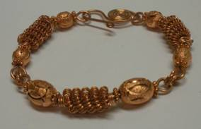 Judy Larson's How to Make a Wire Coil and Bead - , Classic Wire Jewelry, Coiling, Coiling Wire, Wire Coiling, Findings, Clasps, Components, Wire Wrapping, Wrapping, Wire Wrapping Jewelry, Coil copper bracelet