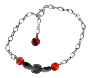 Dale Armstrong's Easy Agate Anklet, Contemporary Wire Jewelry. Loops, Wire Loop, Wrapped Wire Loop. Anklets are always in style, especially during the summer months.