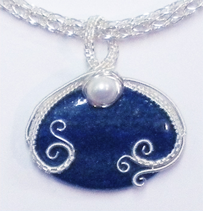 Pearl of the Sea Woven Pendant