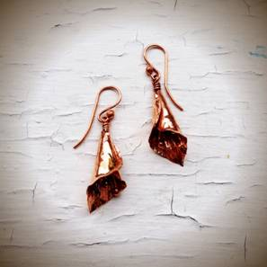 Calla Lily Earrings