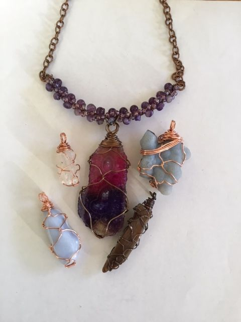 Karen Meador, Ph.D.'s Stone Twist Wrap, Contemporary Wire Jewelry. Lashing, Wire Lashing, Wire Wrapping, Wrapping, Wire Wrapping Jewelry. This wrap is a good way to showcase any unusual shaped stone.