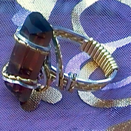 Brenda Sigafoos's Quick Stone Ring, Classic Wire Jewelry. Wire Wrapping, Wrapping, Wire Wrapping Jewelry. While working on a variation of a wave ring, I wondered how I could add a faceted stone.