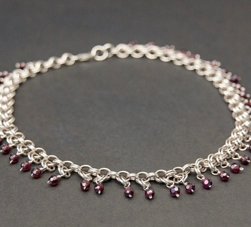 Kylie Jones's Garnet 2-in-2 Chain Maille Necklace, Chain Maille Jewelry. Making Chain, Chain Making . This decorative necklace makes a gorgeous choker or short necklace, framing your face with reflective, precious garnets.