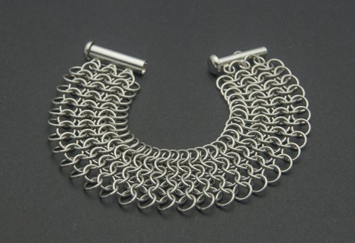 Kylie Jones's Stainless Steel 4-in-1 Bracelet, Chain Maille Jewelry. Making Chain, Chain Making . This bracelet is made with the European 4 in 1 chain maille weave.