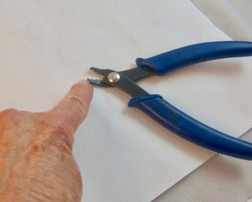 Karen Meador, Ph.D.'s The Neatest Wrapped Loops - , General Education, , use a crimping pliers