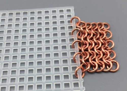 A New Idea for Starting a Chainmail Weave