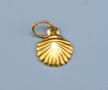 Gold Filled Charm Small Shell 8mm w/Ring - Pack of 1