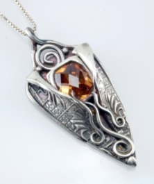 Tucson Streaming Class Lisel Crowley Unwrapped Pendant In Metal Clay