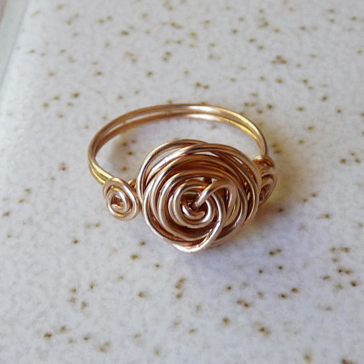 FREE Pattern: Romantic Roses Wire Ring | Jewelry Making Blog ...