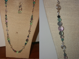 Fluorite wire necklace