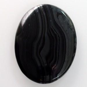 "Psilomelane Cabochon with pyrolusite ""grain"""
