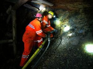 Zultanite miners