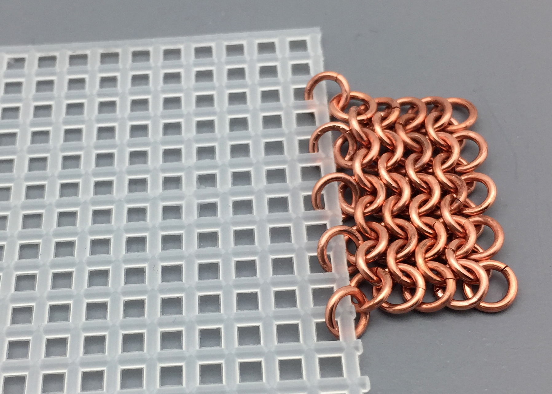 A New Idea for Starting a Chainmail Weave by Marilyn Gardiner ...