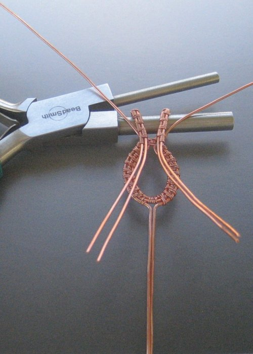 element_1653_dianna-biehl-mooses_cabochon-woven-wire-pendant-_Step 21