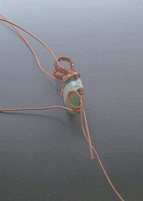 element_1667_dianna-biehl-mooses_cabochon-woven-wire-pendant-_Step 26