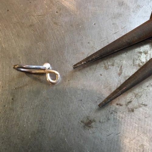 element_5167_deborah-mortlock_fish-tail-chain_IMG_1651