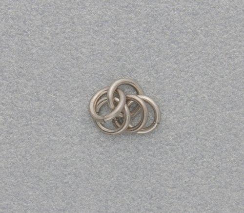 element_2434_kylie-jones_venetian-glass-chain-maille-bracelet_1