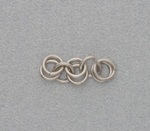 element_2456_kylie-jones_venetian-glass-chain-maille-bracelet_2b