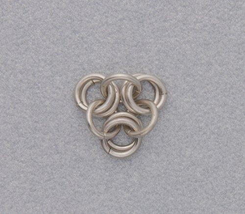 element_2460_kylie-jones_venetian-glass-chain-maille-bracelet_3b