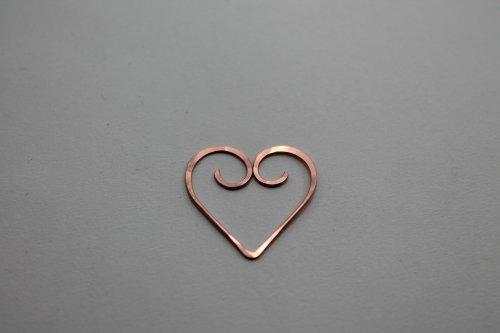 element_5424_abby-hook_heart-frame-bracelet_IMG_1271