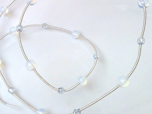 element_793_delilah_moonstone-woven-wire-bangle_26