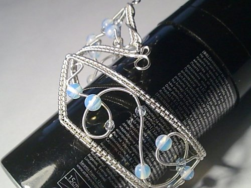 element_804_delilah_moonstone-woven-wire-bangle_36